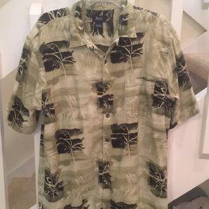 Bass men's Shirt palm trees.